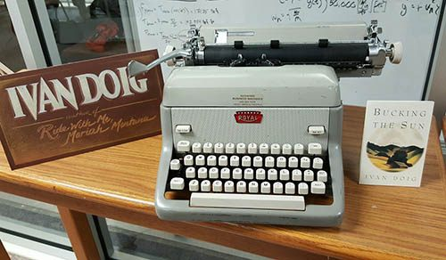 Image of Ivan Doig's typwriter in MSU Library's Special Collections